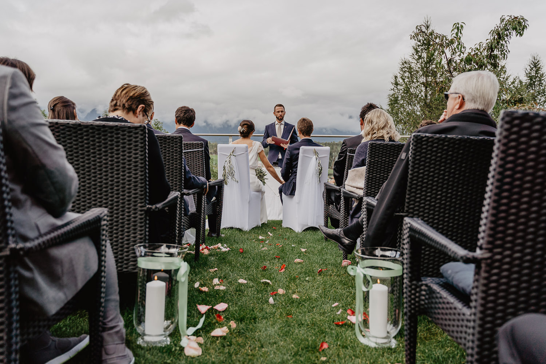 Hochzeitsfotograf Mutters Gartenhochzeit 17