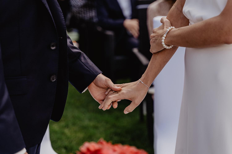 Hochzeitsfotograf Mutters Gartenhochzeit 21
